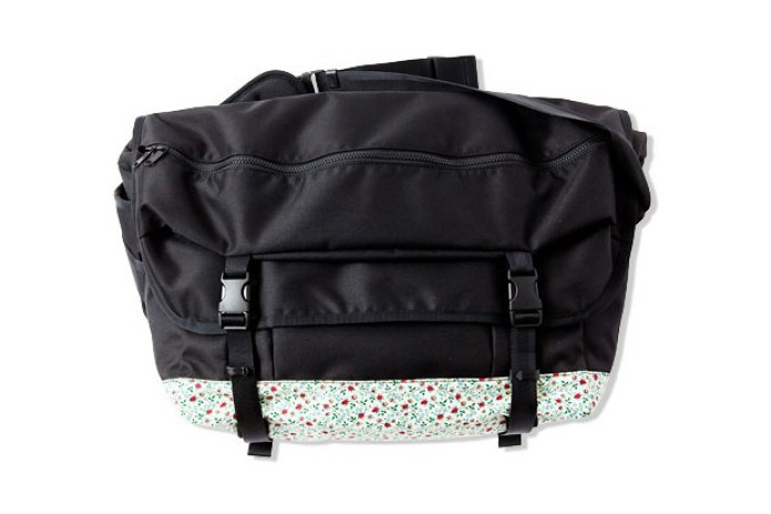 Liberty x CASH CA Messenger Bag