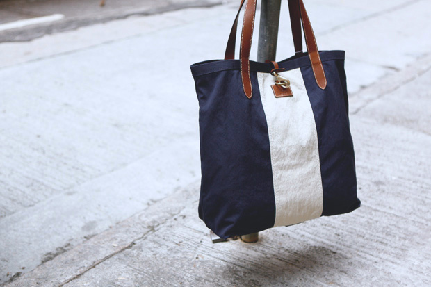 Mismo Deck Tote Bag