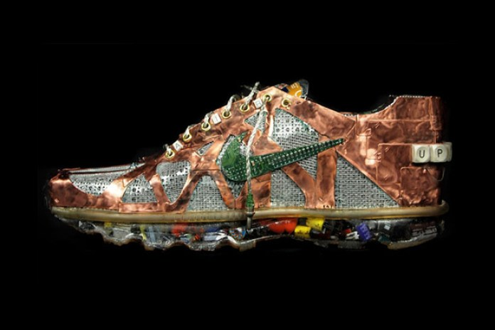 "Nike Air Max 2011 ""Junk Art"""