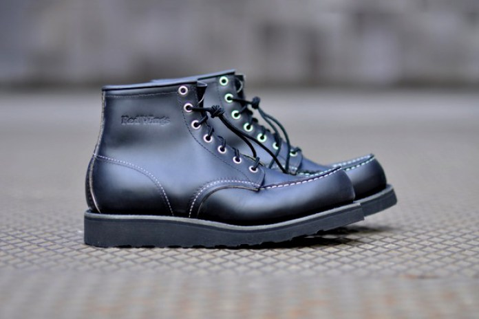 """Red Wing Moc-Toe Boot """"All Black"""""""