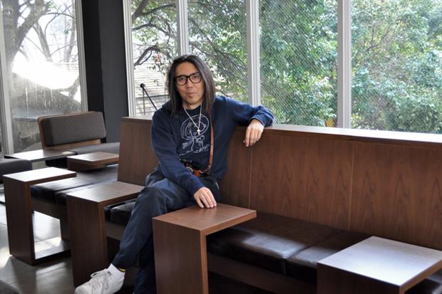 Starbucks b-side by Hiroshi Fujiwara
