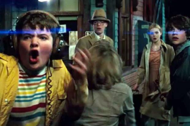 Super 8 Film Trailer