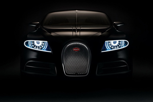the bugatti chiron hits monterey in blue carbon fiber hypebeast. Black Bedroom Furniture Sets. Home Design Ideas