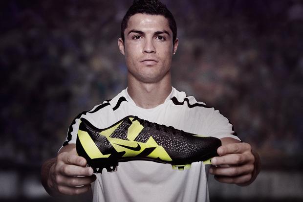 Cristiano Ronaldo x Nike CR Mercurial Vapor SuperFly III