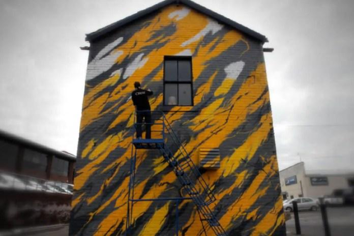 """SheOne x White Walls """"Black Lightning"""" Mural"""