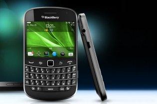 BlackBerry Bold 9900 & 9930 Smartphones