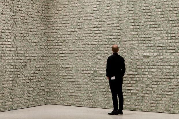 "Hans-Peter Feldmann ""$100,000"" Exhibition @ Guggenheim Foundation New York"