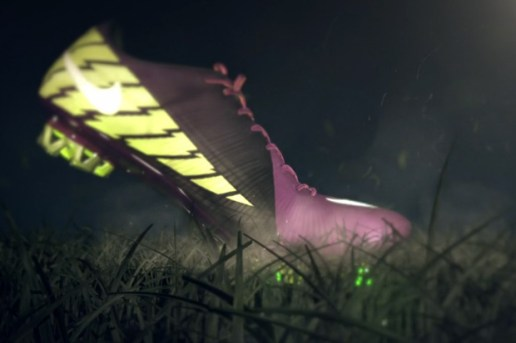 Nike Mercurial Vapor Superfly III Video