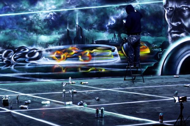 TRON: Legacy - Aerosol Mural