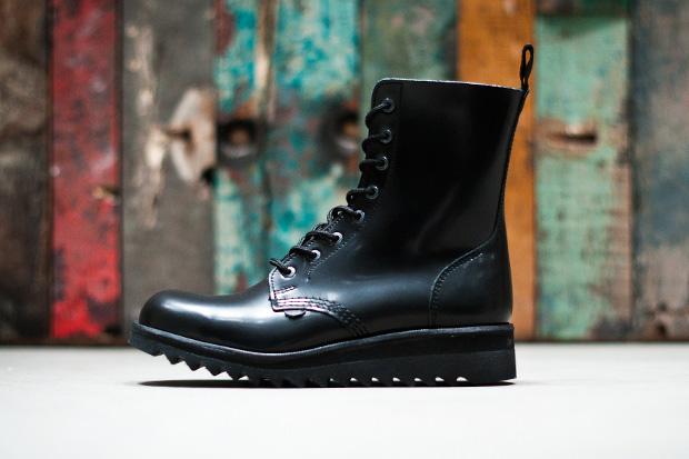 "UNDERGROUND ""Blockhead"" Boots"