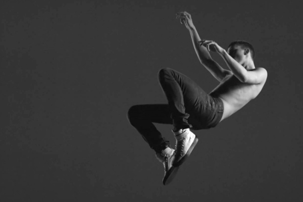 Yves Saint Laurent 2011 Spring/Summer Sneaker Collection Video