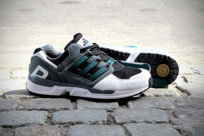 "adidas ""Then & Now"" Equipment Support for Solebox"