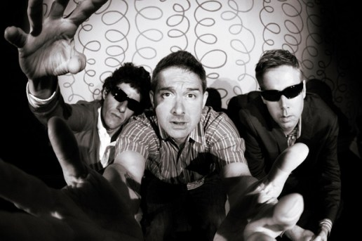 Beastie Boys featuring Santigold - Don't Play No Game That I Can't Win (Major Lazer Remix Edition)