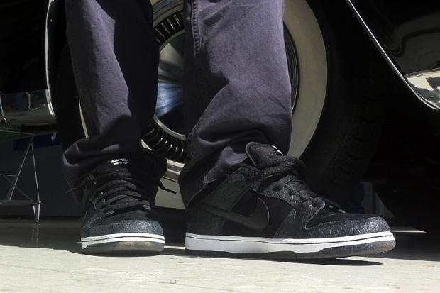"Entourage x Nike SB ""Lights Out"" Premium Dunk Low"