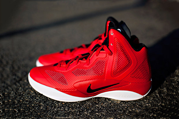 "Nike Zoom Hyperfuse 2011 ""Team Nike"""