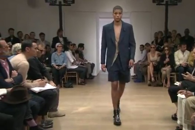Yves Saint Laurent 2012 Spring/Summer Runway Video
