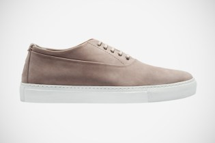 Yves Saint Laurent Leather Low Top
