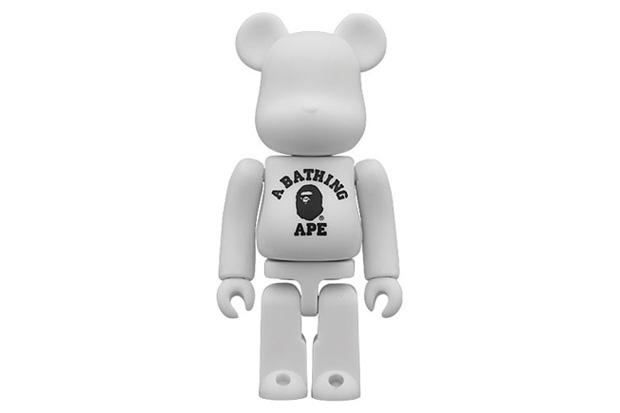 A Bathing Ape x Medicom Toy 100% Bearbrick