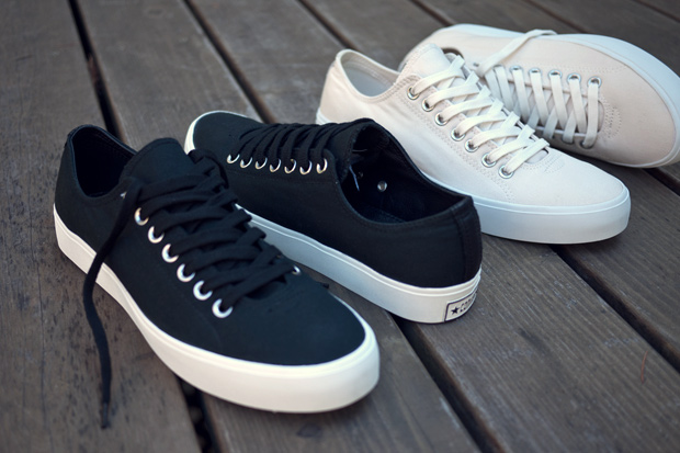 Converse First String Straight Shooter