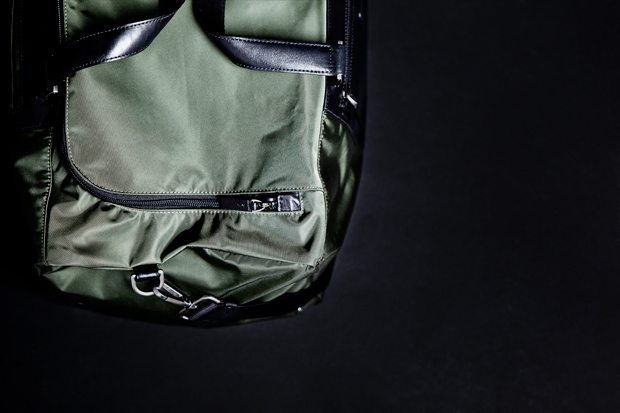 tumi pack a way series medium duffle