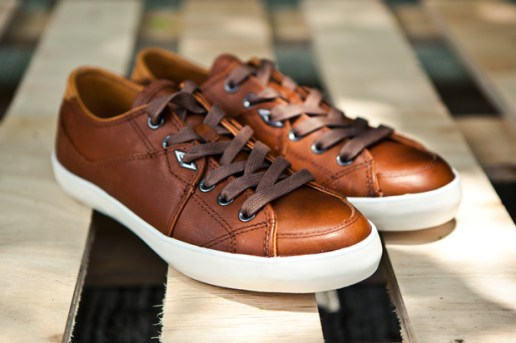 Umbro Brown Milton Leather