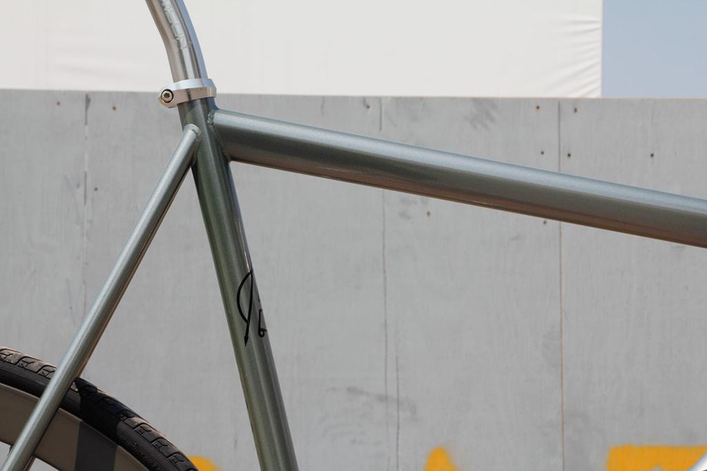 affinity 2012 lo pro bike frames