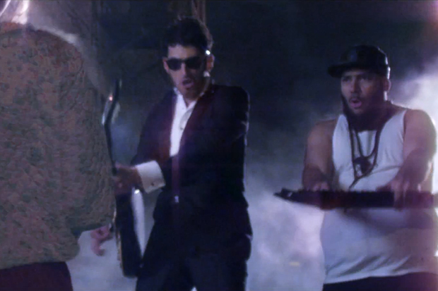 Chromeo - When the Night Falls (Video)