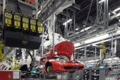 designboom: Ferrari Factory Tour - Assembly Line
