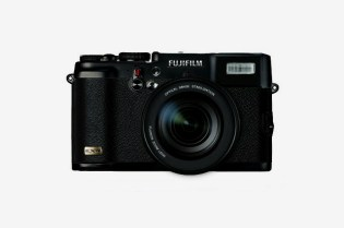 FUJIFILM X10 Revealed?