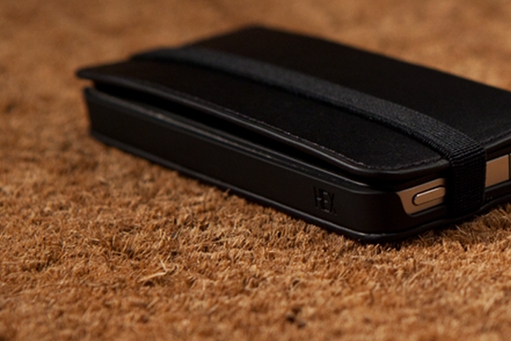 http://hypebeast.com/2011/8/hex-code-wallet-for-iphone-4