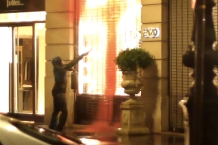 KIDULT Tagging KENZO Store in Paris Video