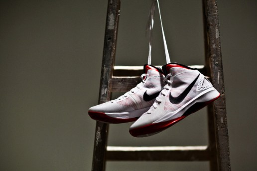 Nike Zoom Hyperdunk 2011 White/Red/Black