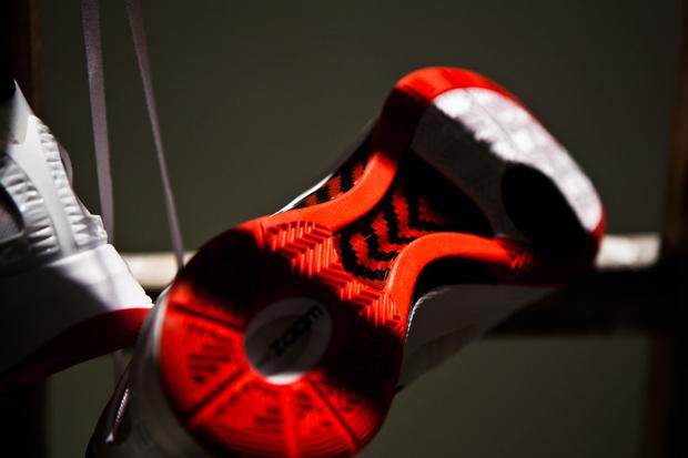Nike Zoom Hyperdunk 2011 White/Red/Black