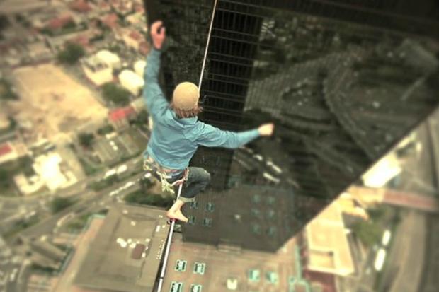 Skyliners in Paris Film Trailer