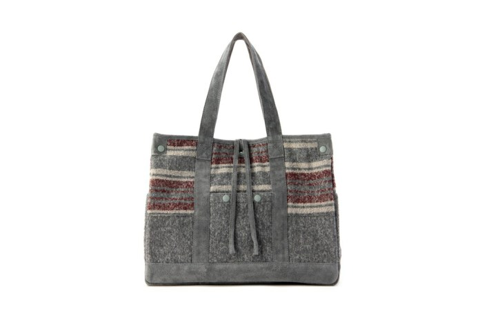 White Mountaineering x Porter RING YARN BLANKET BORDER TOTE BAG