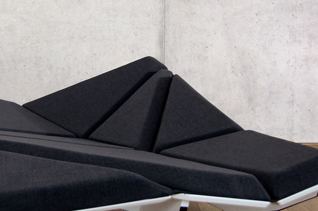 Alexander Rehn: Cay Sofa