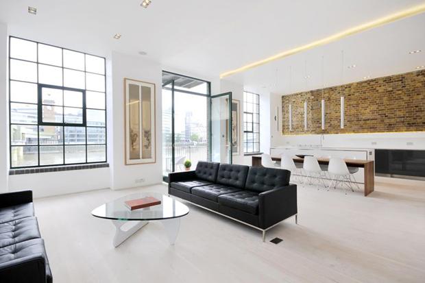 Clink Street Apartment by Chiara Ferrari