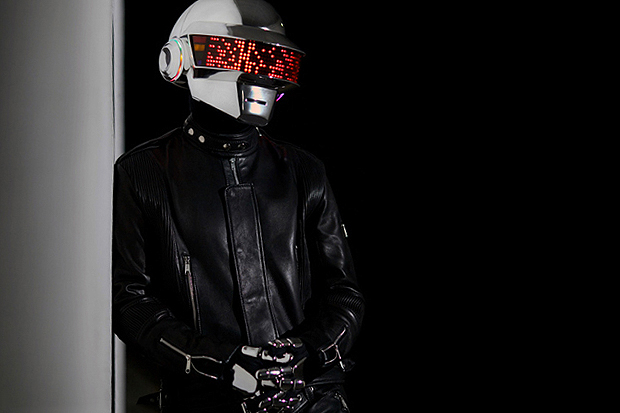 How to Make a Daft Punk Helmet (Thomas Bangalter Version)
