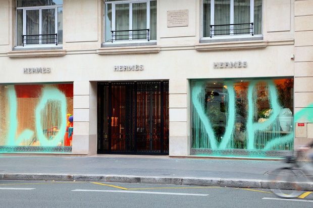 kidult vandalizes hermes paris