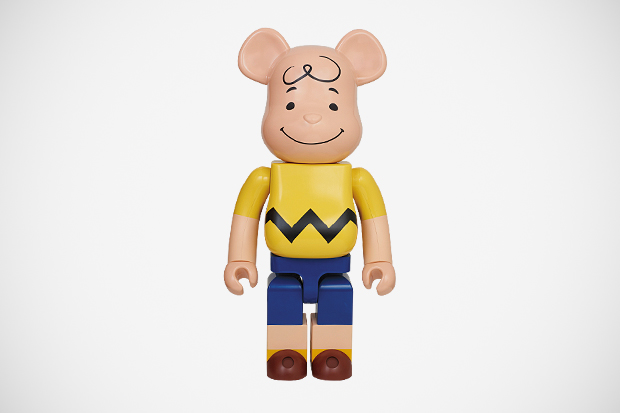 medicom toy bearbrick 1000 charlie brown