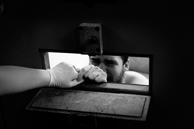 pete brook focusing on prison photography