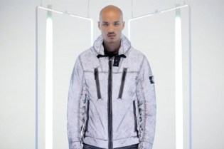 Stone Island 2011 Fall/Winter Liquid Reflective Jacket Video
