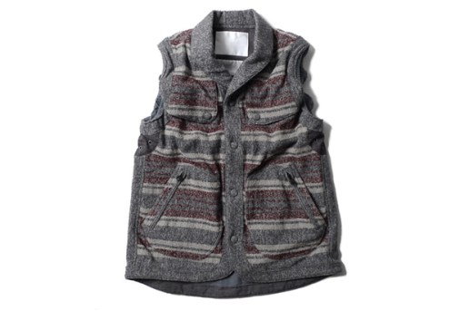 White Mountaineering Ring Yarn Blanket Border Field Vest