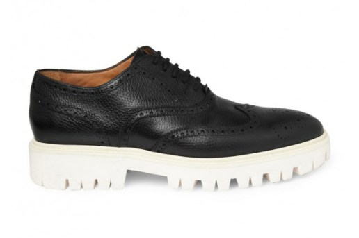 Burberry Contrasting Sole Leather Brogue