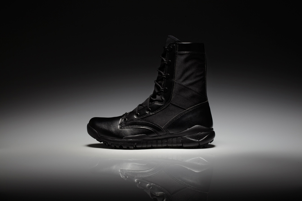 Nike Sportswear Special Field Boot Collection