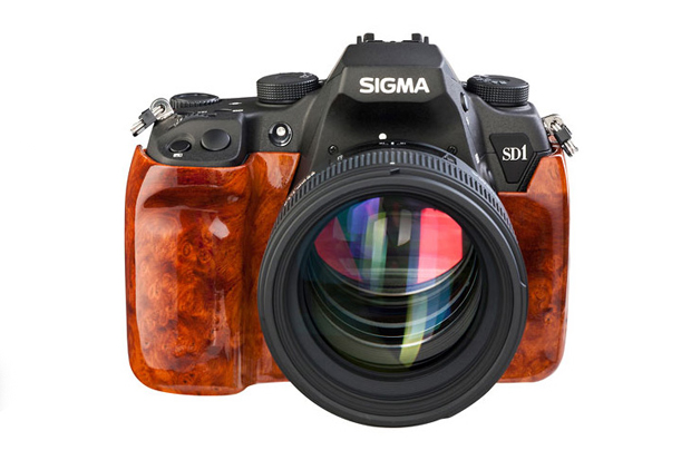 Sigma SD1 Wood Edition