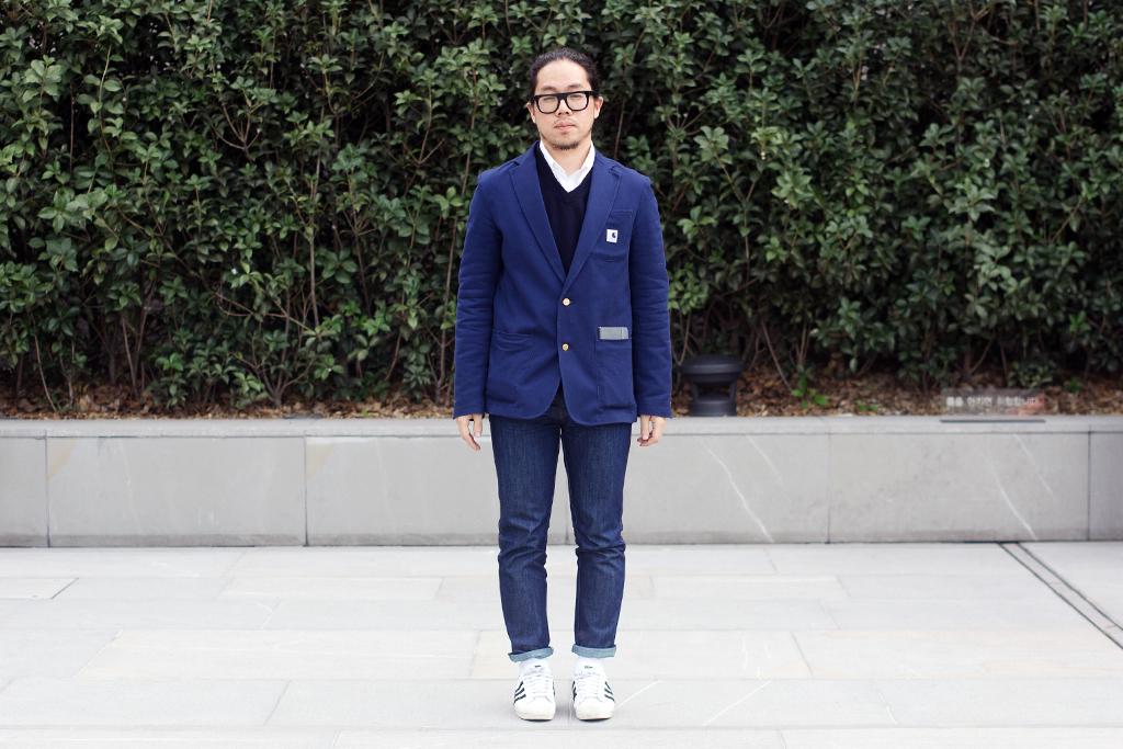 Streetsnaps: Shades of Blue
