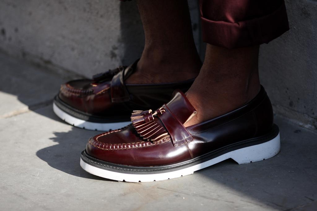 streetsnaps tassel loafers