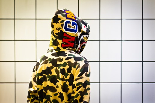 A Bathing Ape 1ST CAMO SHARK PARKA