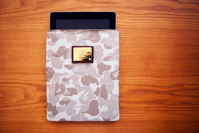 A Bathing Ape JACQUARD  ABC CAMO  IPAD CASE